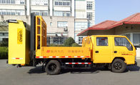 Cina Anti-Collision Buffer Vehicle 83KW Truck Mounted Attenuator 100km / H pabrik